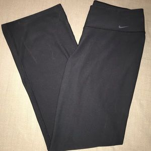 Nike Yoga Pants - W.Large